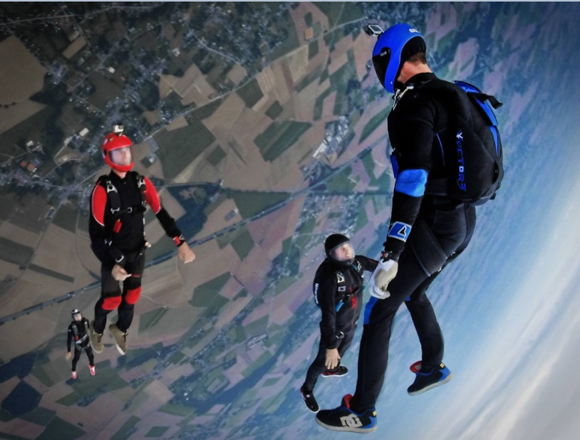 Skydiving in India free fall