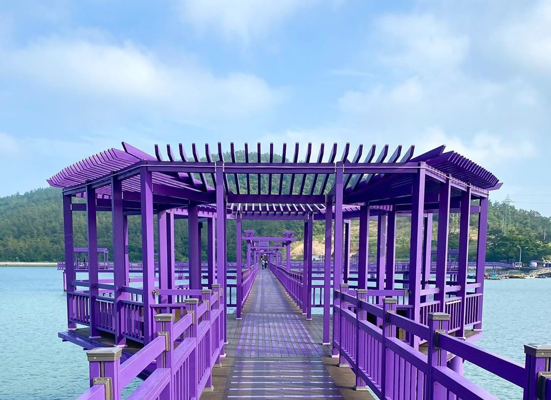 What special about Purple Island And Its Psychological Effect